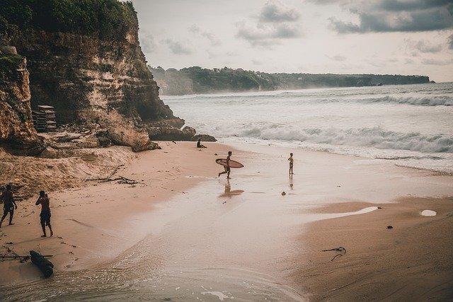 bali, uluwatu, surfing