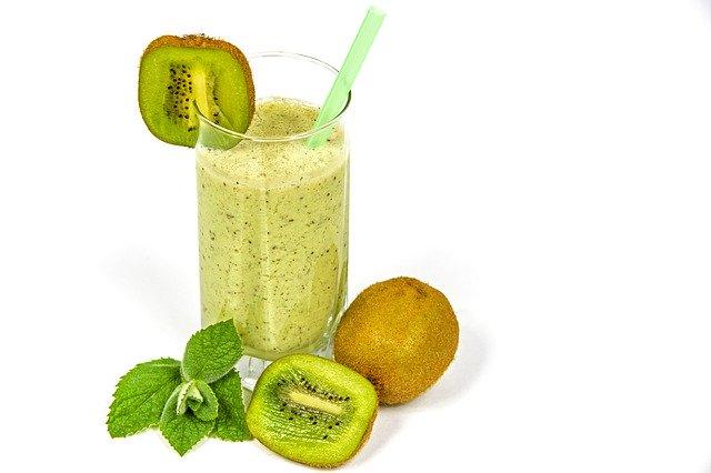 kiwi coctail, kefir, fruit